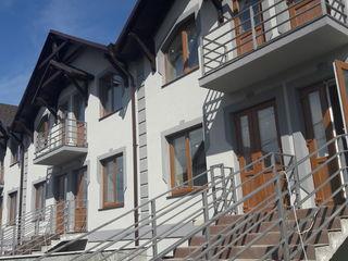 Townhouse cu trei nivele
