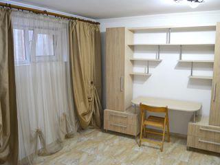 Chirie! Centru, str. Grigore Ureche, 1 odaie, 50 m2, Euroreparație!