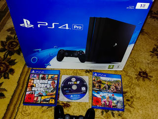 PlayStation 4 Pro 1 TB.
