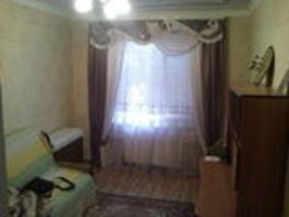 Меняю в г.Фалешты жилой дом(новый),пл.110 м2 на 2-х комн.кв. или (1+1)