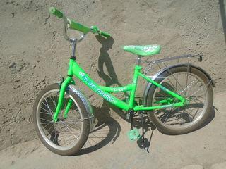 Vind bicicleta pentu copii 5/10 ani