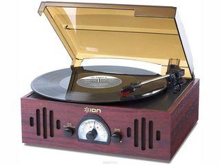 Ion Audio Trio LP - проигрыватель виниловых дисков со встроенным усилителем и акустикой, AM/FM тюнер