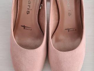 Продам туфли 35 размер- очень нежные!