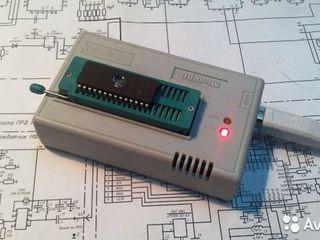 MiniPro TL866A универсальный программатор б/у.