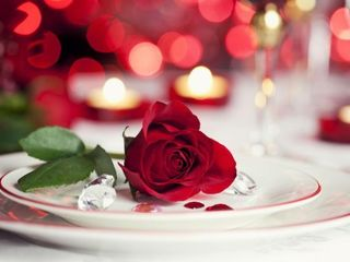 Change the home atmosphere and come with your spouse at a romantic evening