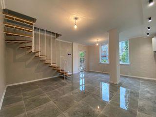 Apartament de tip townhouse. 94m2 3 odai + living. Prima rata 14000 euro, fara venit oficial!