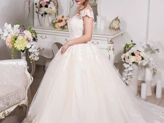 Шикарное свадебное платье - принцесса! (не венчанное)