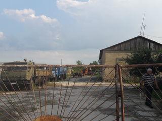 Se vinde spatiu de depozit/garaj/auto parc  situat in r. Cahul s. Bucuria cu suprafata de 0.2906 ha