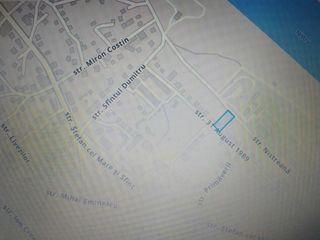 Вадул луй Водэ центр рядом с Днестром дом 65 м2, 6 соток, 2 комнат, газ, канализация, водопровод.