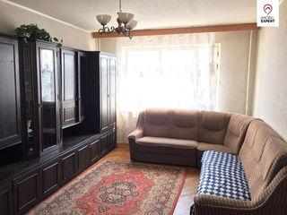 Riscani, bd. Moscovei, 3 camere - 70 m2, de mijloc