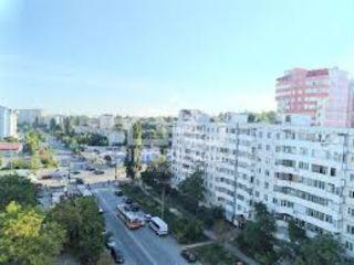 Companie internațională cumpără 100 de apartamente .