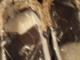 Vind carucior gemeni