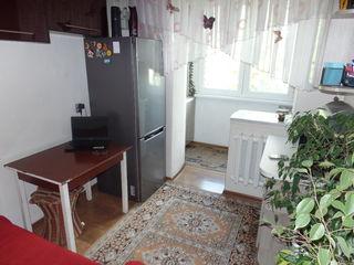 2-комнатная, 102 серия, ремонт, утеплена
