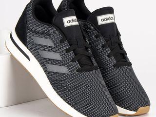 Adidas (Run70S) новые кроссовки оригинал .