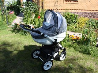 Красивая колясочка 2 в 1 car baby alu