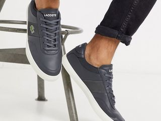 Lacoste courtmaster trainer in grey (Новые, оригинальные)
