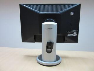 Монитор Samsung SyncMaster 205BW (black), DVI, разрешение 16801050 (ноябрь 2007)