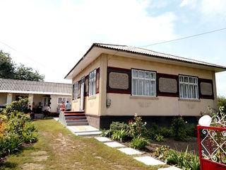 Se vinde casa buna la un pret bun