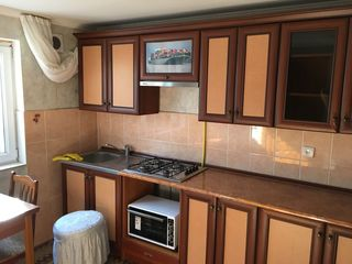 Продается 3-х комнатный квартирный дом в центре города !