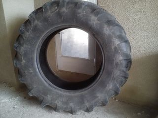 Scaturi tractor