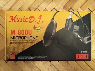 Microfon studiou