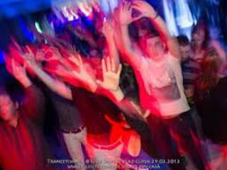 Музыка.Тамада-Dj.-вокал-live.Светомузыка,дым.Профессиональная аппаратура.Поем и танцуем вместе.Ok.