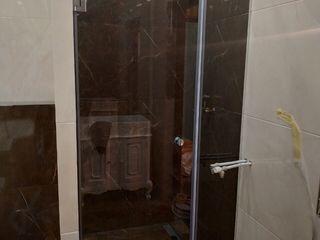 Cabine de duș din sticlă călită, la comandă