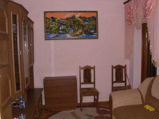Apartament la sol, mobilat, ograda proprie, str. Lomonosov-25000 Euro