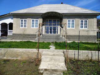Se vinde casă, 110 mp, situata in Bacioi, la doar 29 900 euro