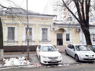 Chirie oficiu, Centru, str. Dosoftei, 3 cabinete, 100 mp!