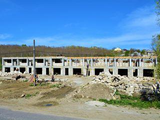 Super Oferta ! Town House , la 5km distanta de Chisinau 300euro/m2