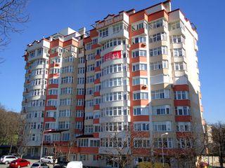 Penthouse cu 2 nivele 211 m2,Bd. Renașterii Naționale 16