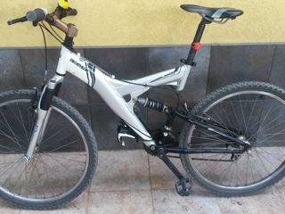 Vînd bicicletă trainică ,în stare foarte bună ! Decathlon -Rochrider- Taiwan ! Pretul negociabil !