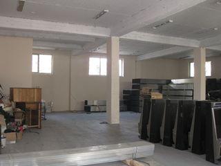Сдаем 600м2 под склад или производство в центре  по ул.Фередеулуй пересечение с ул.Албишоара!1и2 эт!