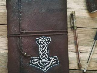 Блокнот с инициалами, блокноты в кожаном переплете, обложка с рисунком