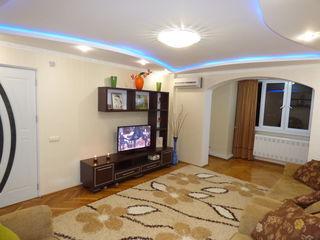 Vind apartament cu 4 odai Ciocana Alecu Russo (proprietar).
