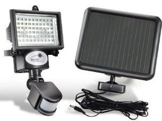 60-LED-Solar-Sensor-Light-Motion-Security-Light-Detection-Garden-FLood La Super Pret 700 lei