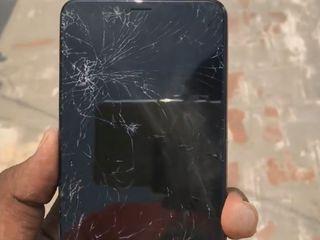 Xiaomi RedMi 5 L-ai spart? Nu-i nimic, adă-l la noi!