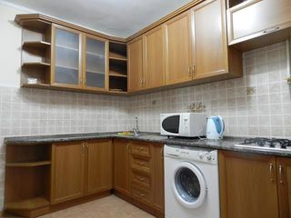 Апартамент на сутки - 600 лей,от 2 суток - 500 лей - ул.Штефан чел Маре 3 .сдаем 24/24
