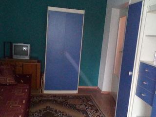 2/5  Vind apartament cu 3 camere, mun. Bălti, raionul Gara de Nord