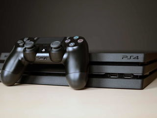 PlayStation 4 Pro / Chirie / 850+ Jocuri