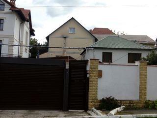 Продаётся  дом  в тихом элитном месте жилая 130 кв. м. общая 170 кв. на телецентре