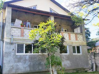 Casa cu 3 etaje linga ASEM