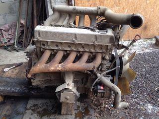 Двигатель мерседес 601--602 головки 601--602