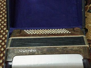 Vind acordeon Orion 80 bass
