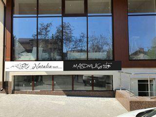 Comercial! 110 m2, Coffe shop+ brutarie +show room de textile de lux -110 000 euro