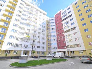 Spațiu comercial, Centru, str. G. Cașu, 65,7 mp, 46500 € !