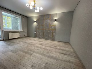 Ciocana apartament cu 2 odai , blok vechi, euroreparatie!