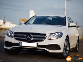 Chirie Auto Mercedes E-class anul producerii 2020
