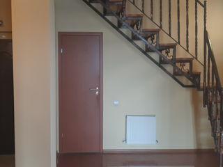 Apartament în 2 nivele, telecentru 68000€